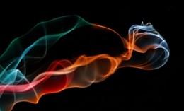 Nghệ thuật tạo hình từ những sợi khói